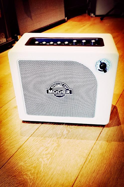 Mooer 15w guitar modelling amp