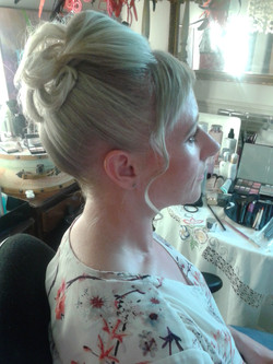Best service for hair Bridal  NW1 2D