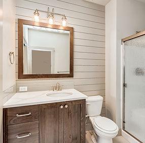 015_Main Bath.jpg