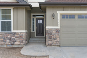 003_Front Entry .jpg