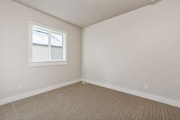 007_Bedroom.jpg