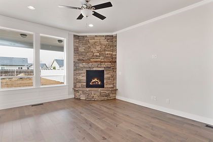 006_Livingroom.jpg