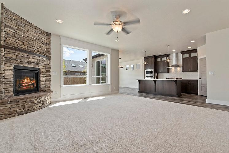 005_Livingroom.jpg