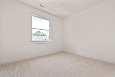 020_Bedroom.jpg