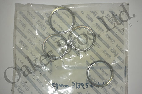 Ford 10 Series & Case IH Front Axle Steering Pivot Bearing Retaining Ring