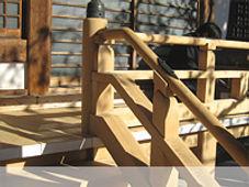 木材の劣化防止は液体ガラスで