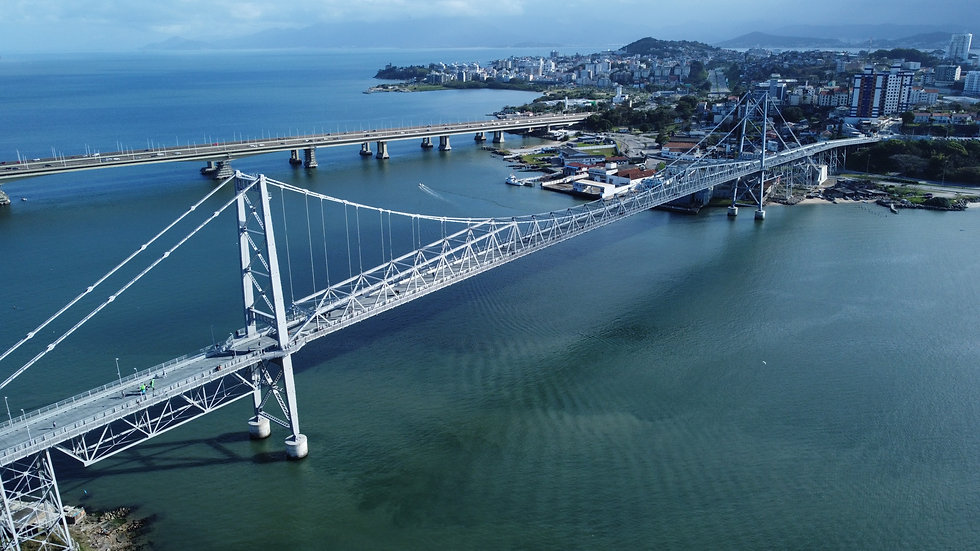 Ponte Hercílio Luz.jpg