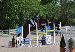 Zine Bishop Burton jumping