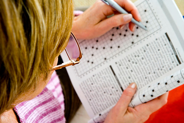 Senior-Health-Tips-Woman-Doing-Crossword