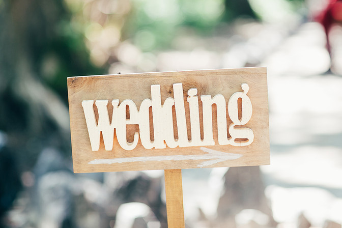How to make your wedding day less stressful?