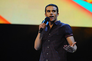 Jacob Artist back on TV in a very different role...