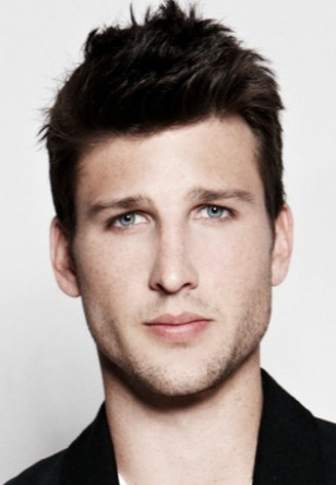 PARKER YOUNG stars in the new CBS sit-com UNITED STATES OF AL