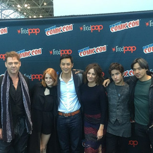 Aramis and the rest of the INTO THE BADLANDS cast take on New York Comic-Con