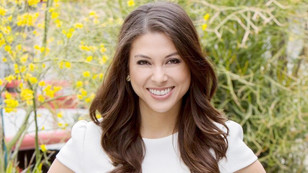 Laur Allen gives fashion advice in a SOAP OPERA DIGEST interview!!