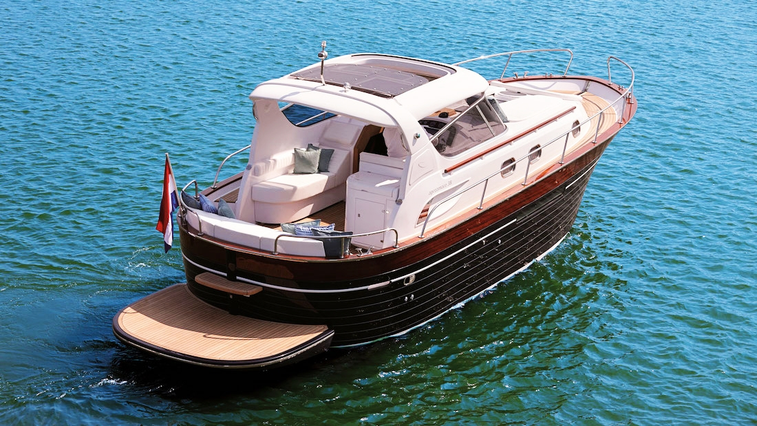 YachtForRent6