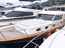 YachtForRent13