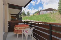 Balcony2Auron