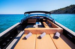 Яхта в аренду