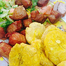 CARNE FRITA WITH TOSTONES