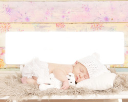 white crochet bear w/matching hat