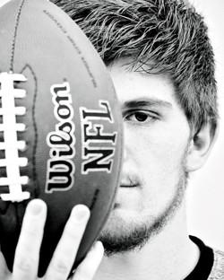 senior football photography