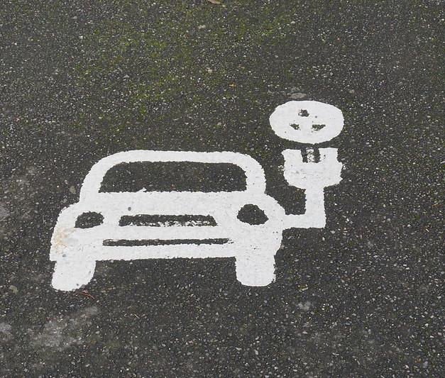 TRUMP ADMINISTRATION DUMPS CLEAN CAR STANDARDS FOR DIRTY AIR