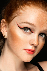 Double Winged Liner with Orange Lip