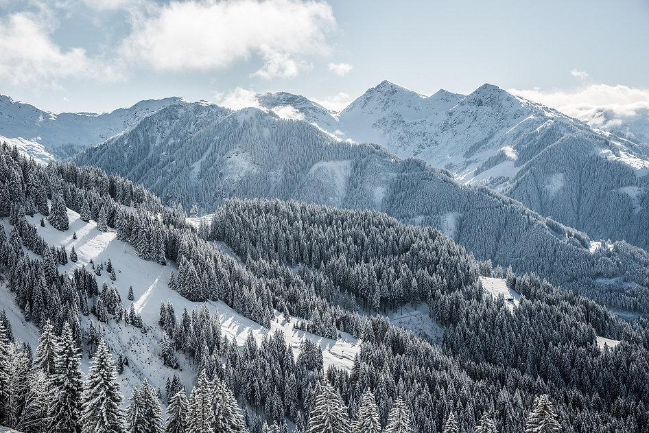hd-Winterlandschaft-im-Brixental-1.jpg