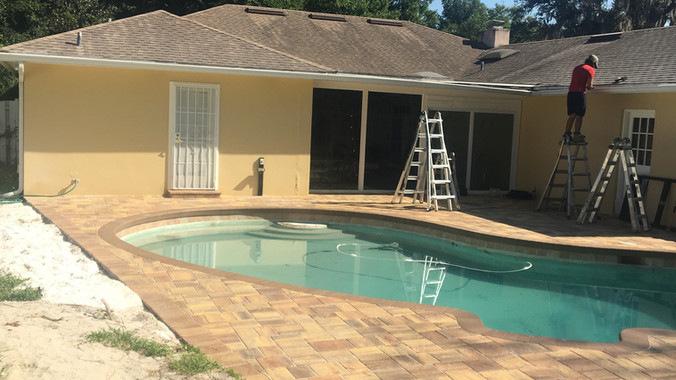 pool enclosure construction