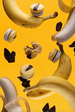 Macaron de plátano y chocolate caramelizado