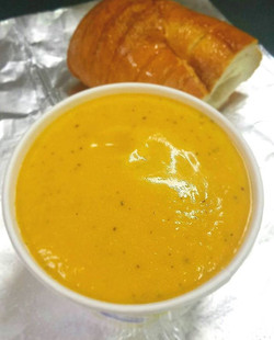 🍁Soup Season🍊 Butternut Squash #soup with sour cream and black pepper, toasted bread on the side!