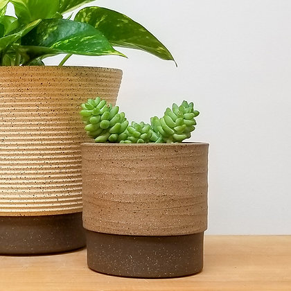 Sand Dunes Plant Pot: Small Raw