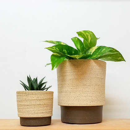 Sand Dunes Plant Pot: Large Raw