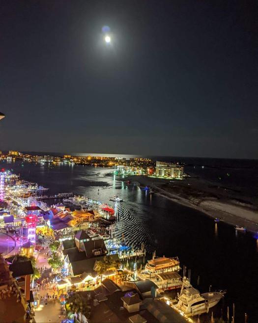 webpage harbor lights.jpg