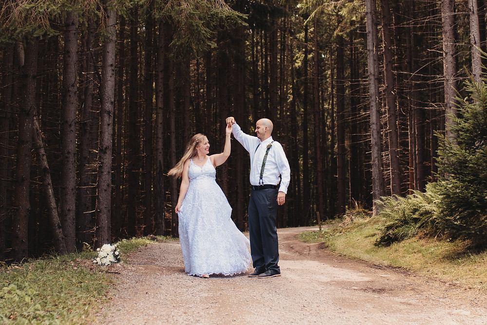 Pennsylvania Elopement and Wedding Photographer - Wild North Weddings