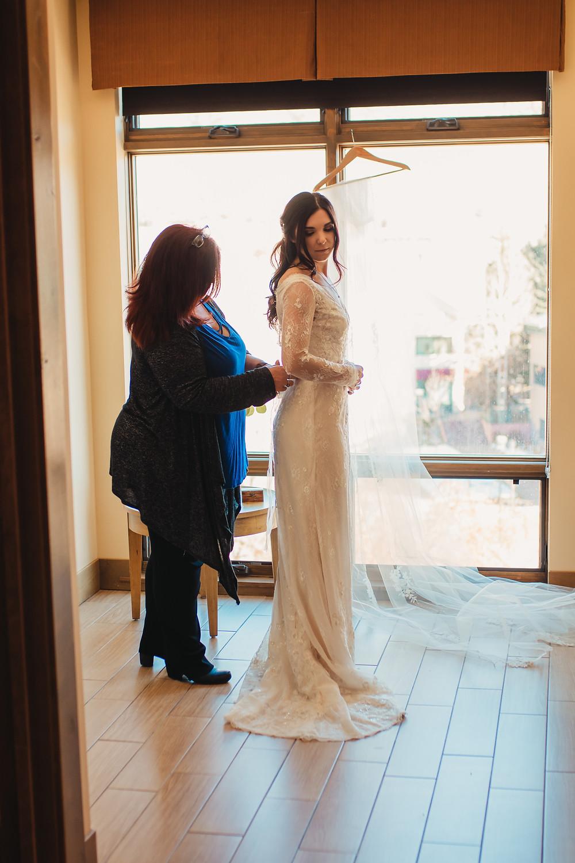 Bride getting ready - Avon, Colorado - Wyndham