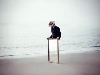 Удобно ли стоять на одной ноге?