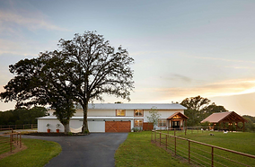 Beautiful Venue, Stunning Living Space, 13+ acres & Barn, For Sale in Texas