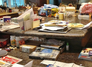 """10 SURE SIGNS: """"IT'S TIME"""" TO TIDY UP!"""