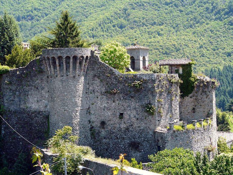 castiglione-garfagnana-768x576.jpg