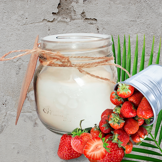 STRAWBERRY SOY WAX CANDLE