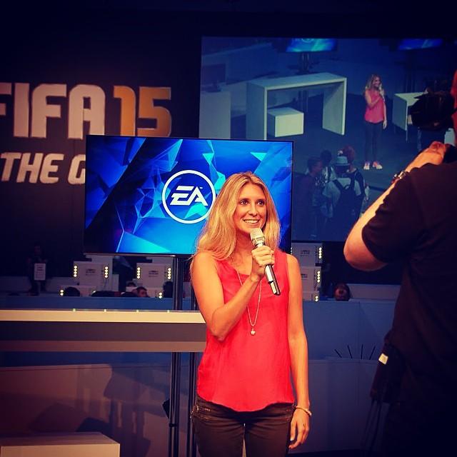 🎮 a little bit of gaming! #EA #FIFA15 #somuchfun
