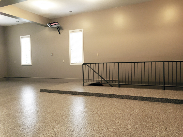 Hermitage, PA - Garage Flooring