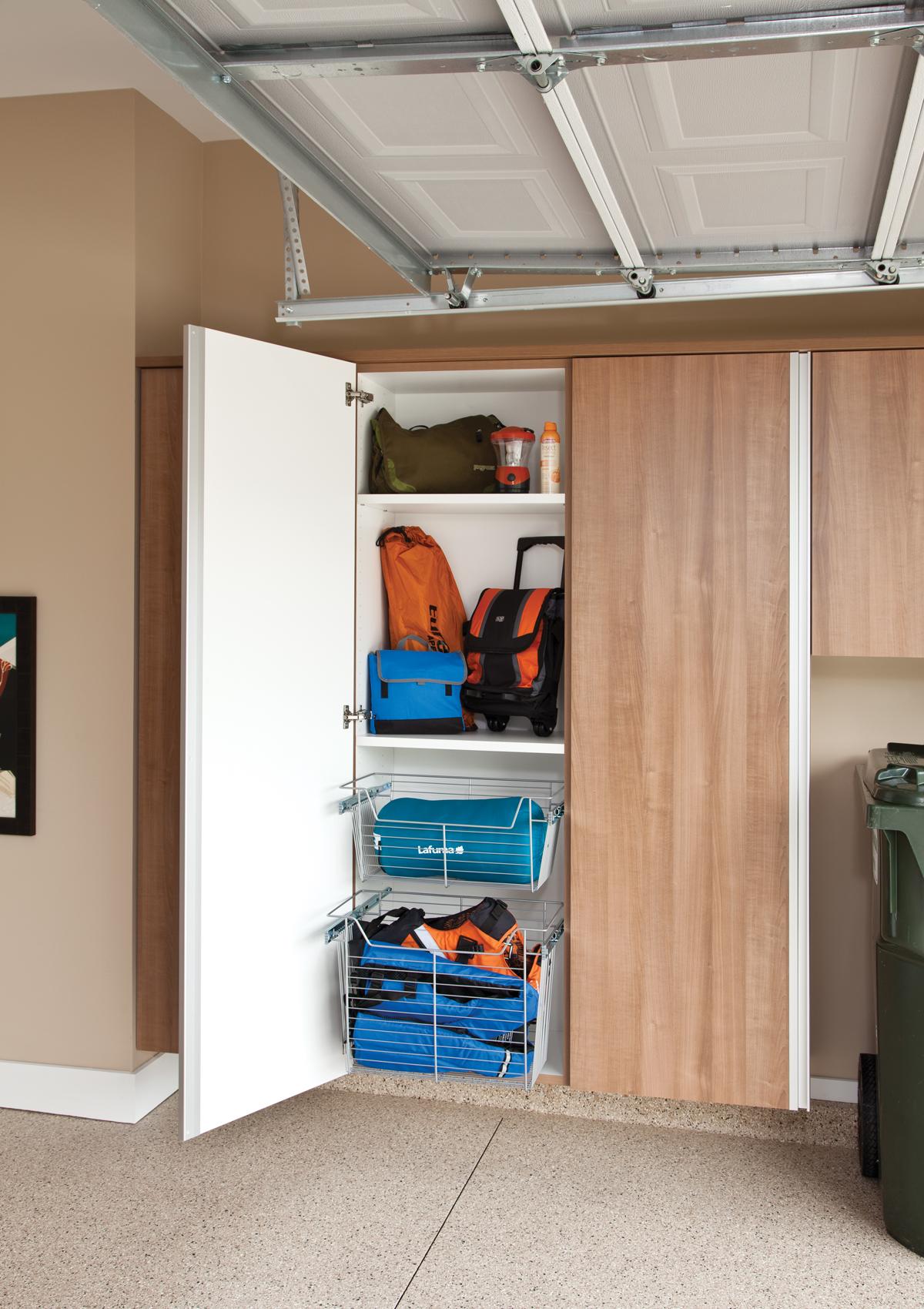 Bluff Garage Cabinets 6