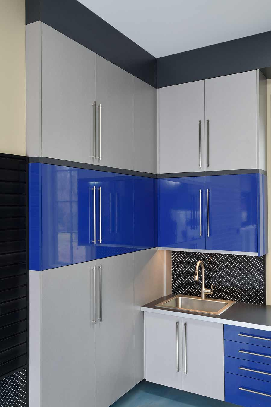 Silver_blue_Garage Cabinet Laminate_wood_2