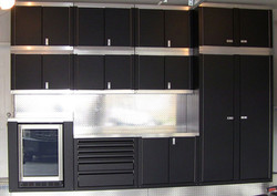 luxury-garage-cabinets-gallery-10