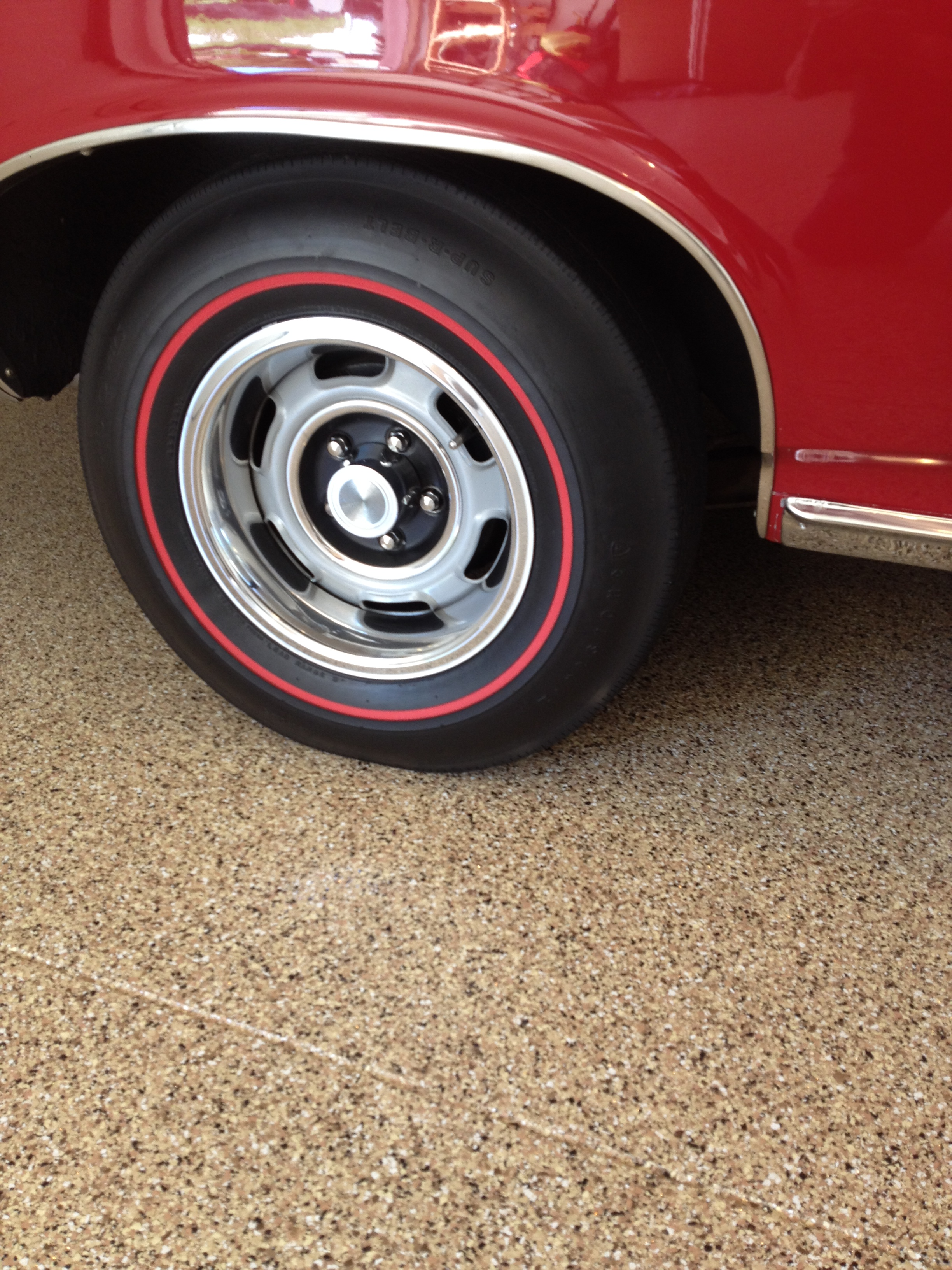 "Textured Garage Flooring - ""Sedona"""