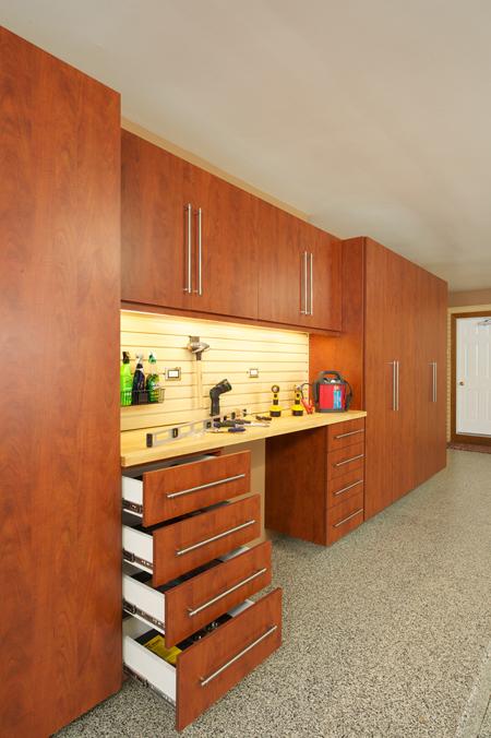Medina, OH - Garage Cabinets