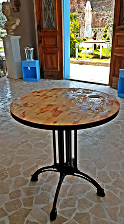 Studio Table