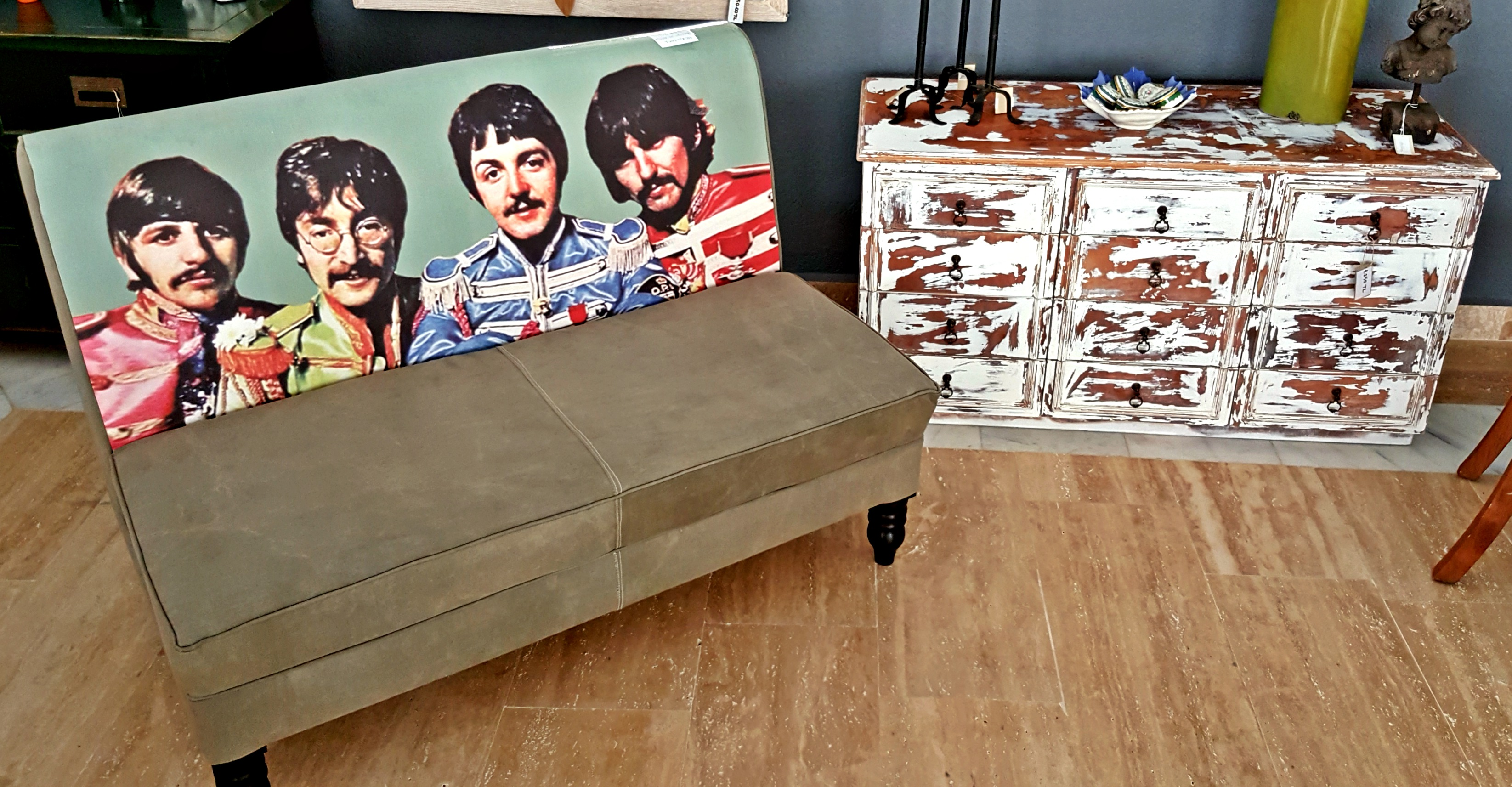 Beatles Lounger